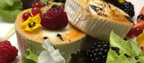 Ensalada con queso de cabra, castañas y frutos. - exploragourmet.com