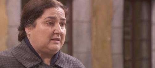 Il Segreto, spoiler: Consuelo scopre che Julieta ha subito degli abusi
