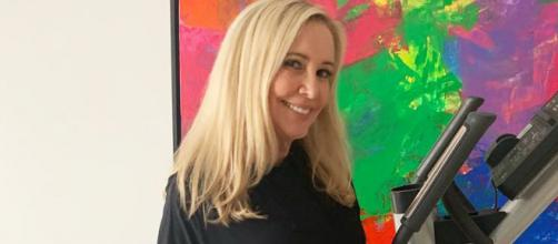 Shannon Beador shows off weight loss in a black outfit. [Photo via Instagram]