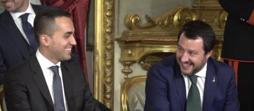 L'offensiva di Salvini e Di Maio contro le Ong