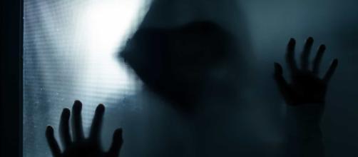 O estuprador do leste, ainda não identificado, violentou 50 mulheres. (Arquivo Blasting News)