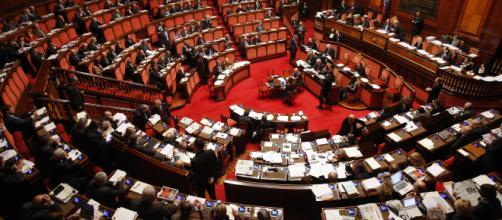 Concorso alla camera dei deputati scadenza domande 13 for Numero deputati