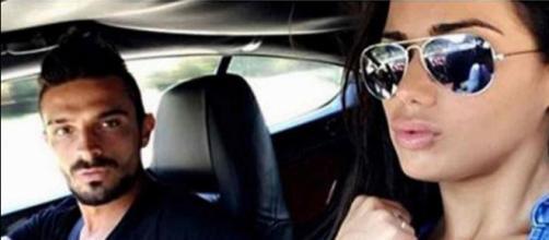 Julien Tanti accusé de rouler sans permis de conduire, il prouve le contraire avec une photo.
