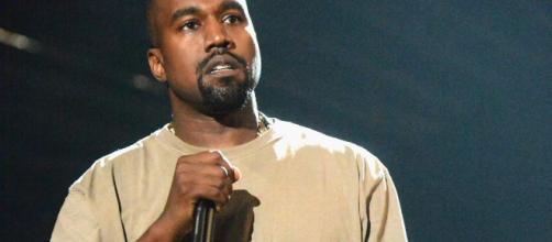 """Kanye West aparece en concierto de Drake: """"Estoy contento de que ... - telemundo.com"""