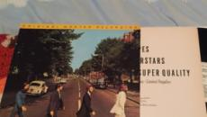 Famosa foto dos Beatles atravessando a faixa de pedestres celebra seus 50 anos