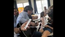 Puigdemont reproduce en Waterloo la paella de Cadaqués con Bildu y Valtonyc como invitados