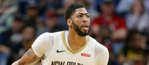 Anthony Davis' future remains a toss up with his free agency looming - image credit: Smashdown Sports/Flickr Photos