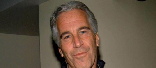 Jeffrey Epstein, morto suicida nel carcere di Manhattan