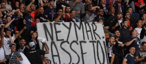 Les infos de 6h - PSG-Nîmes : les Ultras affichent leur hostilité ... - rtl.fr