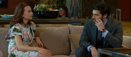 Pelin rivela a Ferit che aspettava un figlio da lui e che Demet è stata la causa della rottura della loro storia d'amore- dailymotion.com