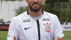 Saída de Henrique fará o Corinthians economizar mais de R$ 7 milhões, diz site