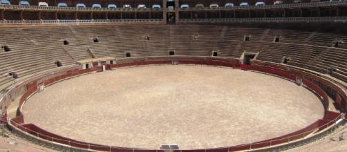 """El """"Cara el sol"""" suena en la plaza de toros de Mallorca"""