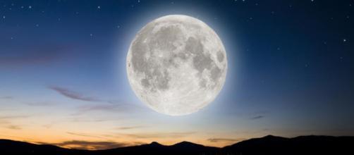 Horóscopo de Luna llena: cómo afectará la energía en cada signo