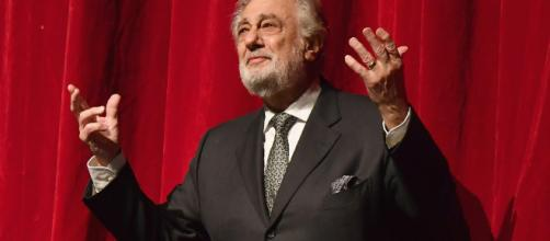 Placido Domingo es acusado de un delito por acoso sexual
