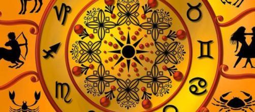 Oroscopo, previsioni astrologiche