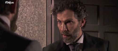 Riera viene assassinato da Samuel, mentre tenta di aiutare Diego e Blanca.