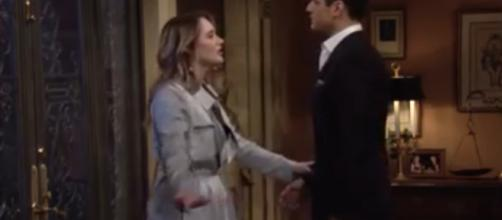 If Theo ruins Kola's wedding day, Summer may be there to help Kyle pick up the pieces.(Image Source:The Young and the Restless-YouTube.)