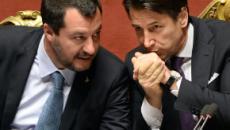 Crisi di governo nel pantano: Salvini fa un passo indietro, ma Di Maio non si fida