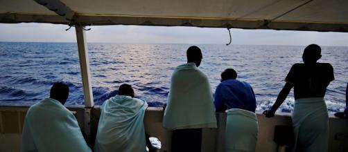 Desembarcan 27 de los 28 menores del 'Open Arms'.