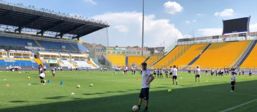 IL VIA AL TARDINI AL PARMA SUMMER CAMP DI PARMA FOOTBALL ACADEMY ... - stadiotardini.it