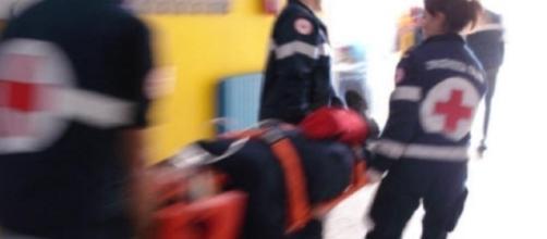Ragazza napoletana precipita dal balcone della casa vacanza in Calabria dopo un volo di oltre dieci metri
