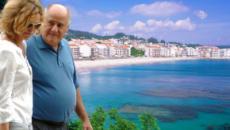 La ría de Aldán se convierte en la playa favorita de Amancio Ortega