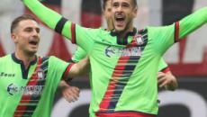 Calciomercato: Crotone e Frosinone si contenderebbero l'attaccante Falcinelli