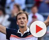 Fantastico Medvedev, Djokovic alza bandiera bianca: il russo in finale a Cincinnati