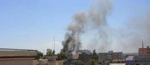 Afghanistan, attentato kamikaze nel corso di un matrimonio a Kabul: 63 morti