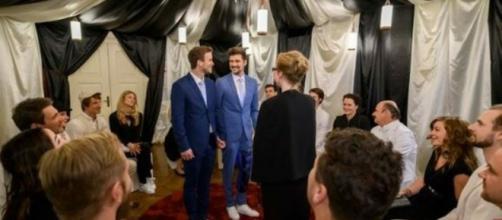 Spoiler: Tobias e Boris si sposeranno.