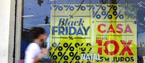Black Friday brasileira será uma novidade estimulada pelo governo. (Arquivo Blasting News)