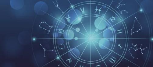 Previsioni per l'oroscopo della giornata di venerdì 23 agosto 2019