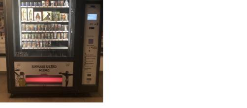Una usuaria de la red social Twitter muestra una máquina dispensadora extraña