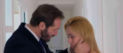 Alberto (Maurizio Aiello) Clara (Imma Pirone)