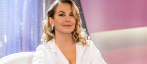Barbara D'Urso a chi l'accusa di usare Photoshop: 'Siti sfigati che fanno titoli su nulla'