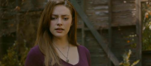 """Legacies"" 1x02 Hope against a dragon (Image via Jazz Estcourt/YouTube screencap)"