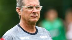 Fluminense escolhe Oswaldo Oliveira para substituir Fernando Diniz