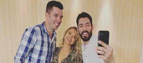 A apresentadora Eliana conheceu, na última terça-feira (20), os gêmeos Jonathan e Drew Scott (Reprodução/ Instagram/ @eliana)
