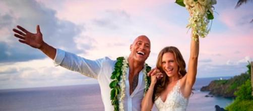 Dwayne Johnson se casa en Hawai, en secreto