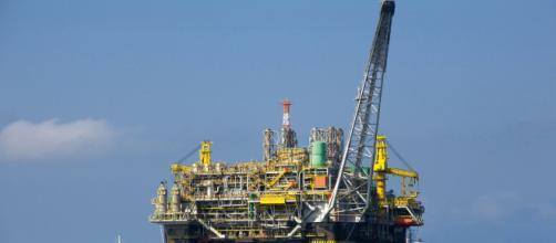 Economista acena positivo à defesa do presidente da Petrobras contra o atual regime de partilha. (Arquivo Blasting News)