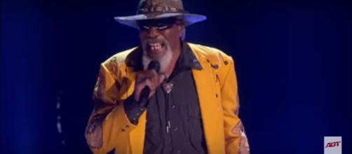 "Robert Finley was one of few to turn Simon Cowell from glum to glad on ""America's Got Talent's"" quarterfinals, [Image source: AGT-YouTube]"