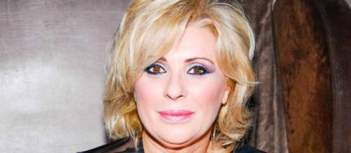 Tina Cipollari contro Er Faina