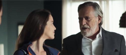 Vivi ficará furiosa ao ver o pai com a amante no flat. (Reprodução/TV Globo)
