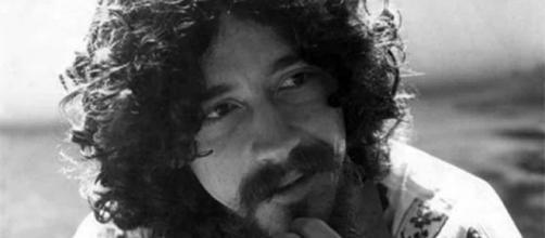 Cantor Raul Seixas, maior referência do rock brasileiro: 30 anos de sua morte. (Arquivo Blasting News)