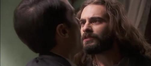 Il Segreto, trame dal 26 fino al 30 agosto: Isaac e Alvaro litigano per Elsa.