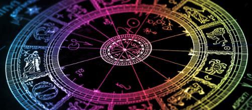 L'oroscopo di domani 25 agosto