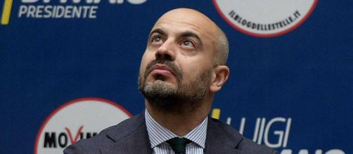 Gianluigi Paragone contrario ad accordo tra M5S e Pd