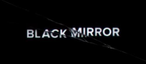 'Black Mirror' é uma série que está sendo exibida pela Netflix. (Arquivo Blasting News)
