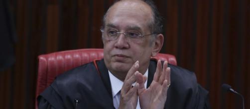 Minstro Gilmar Mendes defende um julgamento justo para Lula. (Arquivo Blasting News)