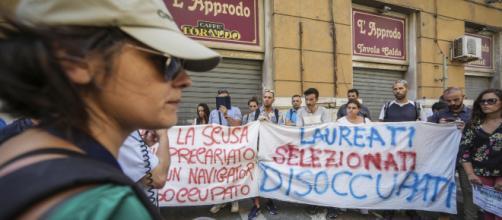 Navigator campani minacciano lo sciopero della fame e chiedono l'intervento di Mattarella.